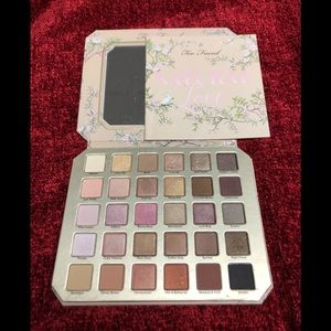 TOO FACED NATURAL LOVE EYE SHADOW PALETTE NWOT
